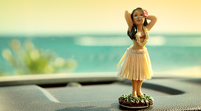 car dash hula girl