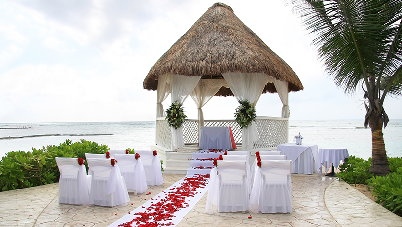 locations to get married on maui